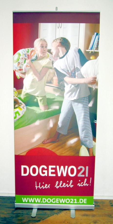 Roll-up Display 85 x 203 cm